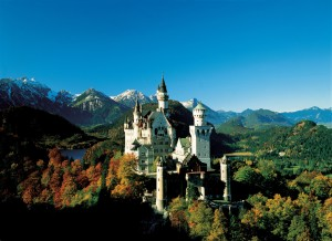 Schloss_Neuschwanstein_-_c_BAYERN_TOURISMUS_Marketing_GmbH_RET_300x0